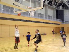 ライジングバスケット教室(小学生・幼児対象)